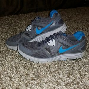 Nike Shoes - Mens Nike LUNARGLIDE 3 shoes